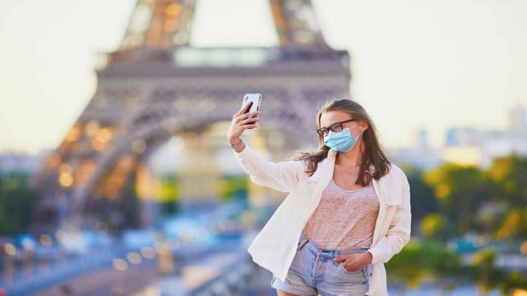 Στη Γαλλία οι τουρίστες πρέπει να πληρώνουν για τεστ covid