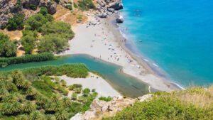 Πρέβελη: Ο παράδεισος δεν είναι φανταστικό μέρος… Ο Τάσος Δούσης μας ξεναγεί στην εκθαμβωτικά όμορφη παραλία!