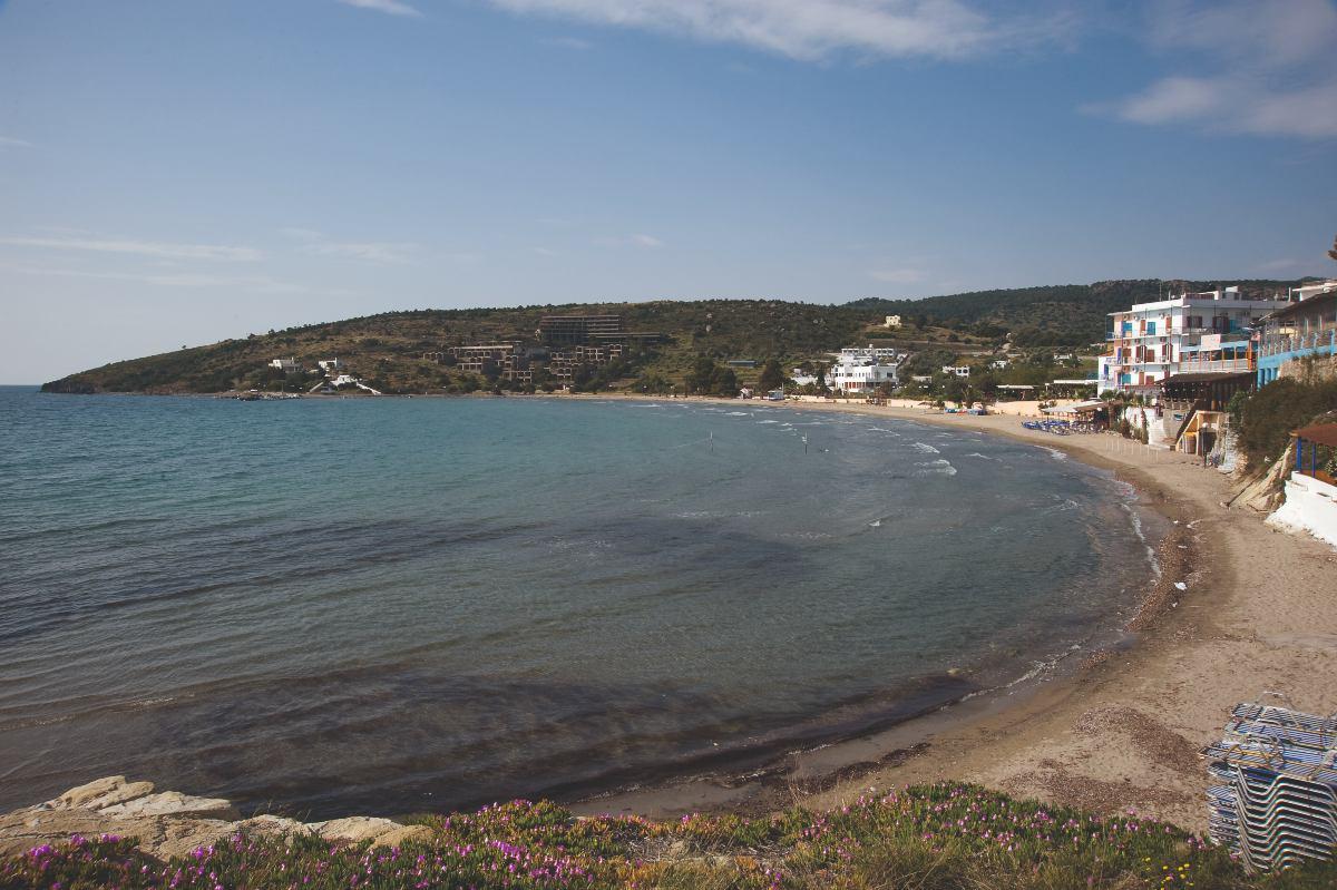 Διακοπές στην Αίγινα; Αυτές είναι οι 7 καλύτερες παραλίες του νησιού!