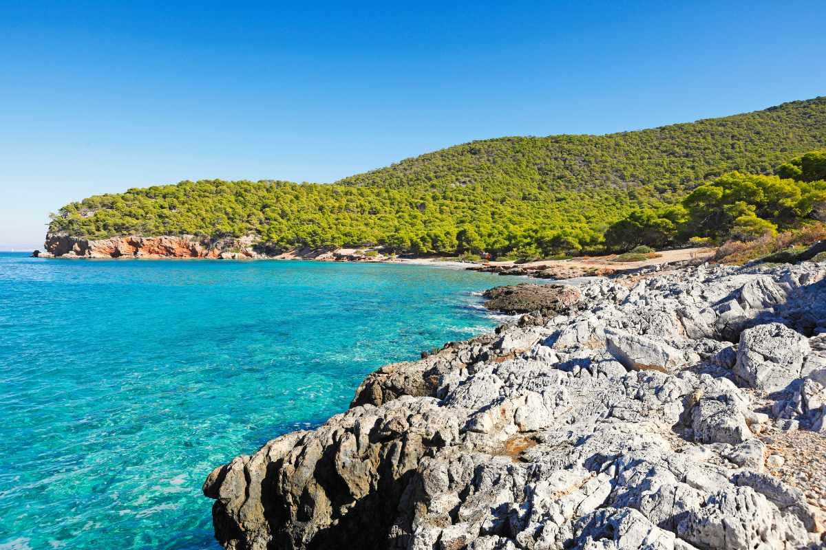 Παραλία Δραγονέρα Αγκίστρι