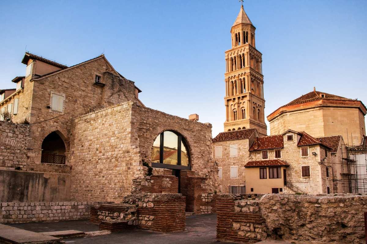 Παλιά Πόλη - το Παλιό Καμπαναριό