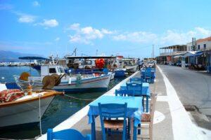 Ποιο ελληνικό νησί είχε χρυσή καλοκαιρινή τουριστική σεζόν και ακόμα και τώρα έχει 50% πληρότητα